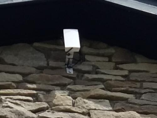 Wifi sender to out Buildings Donadee